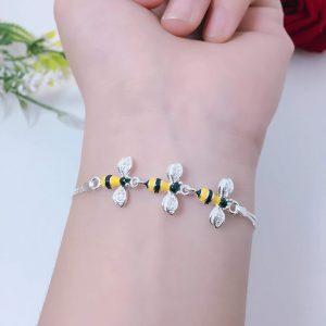 chú ong chăm chỉ tại ATuoi Shop